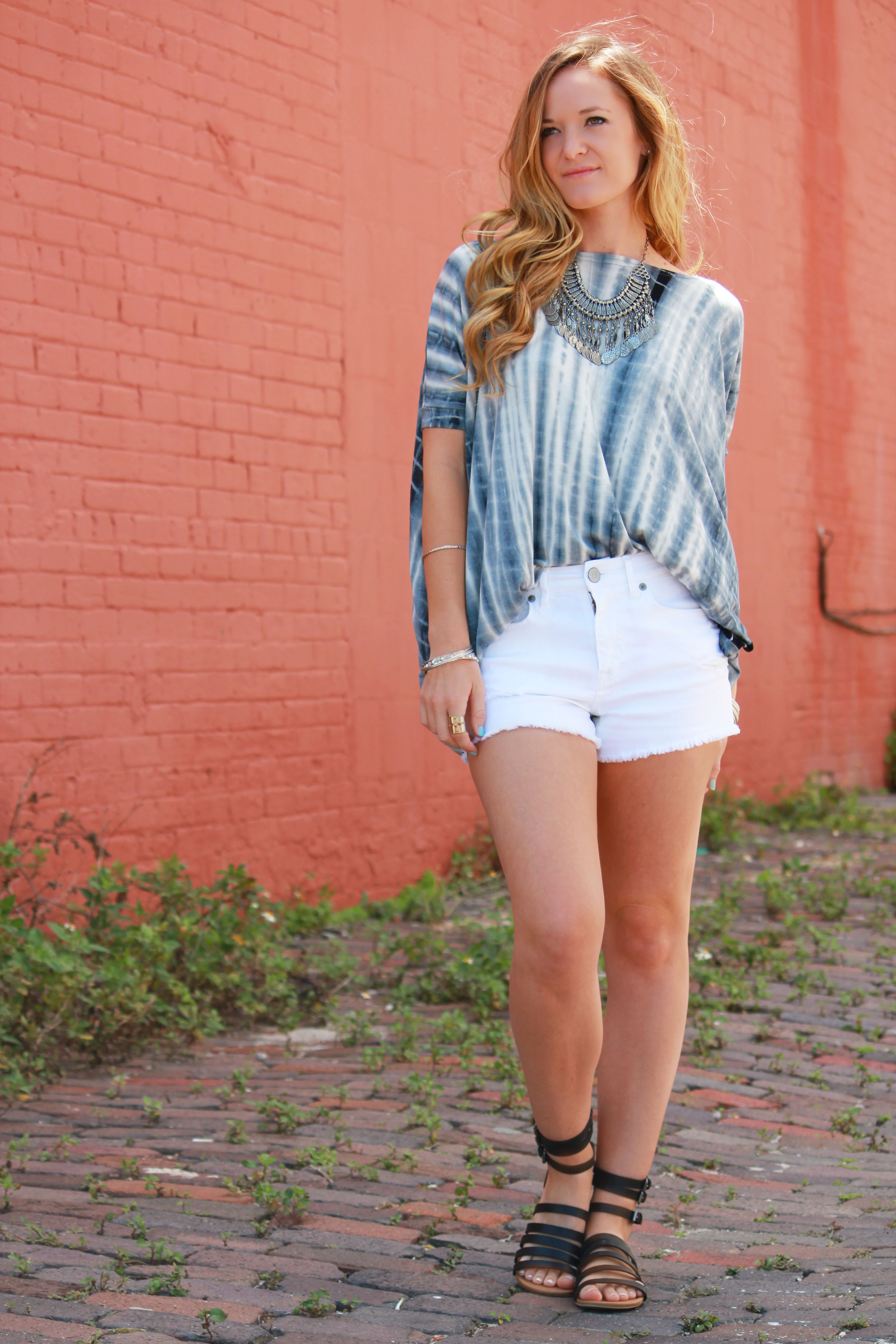 tie dye piko top, bella style boutique, aeropostale shorts, dsw gladiator sandals, forever 21 necklace, casual spring outfit