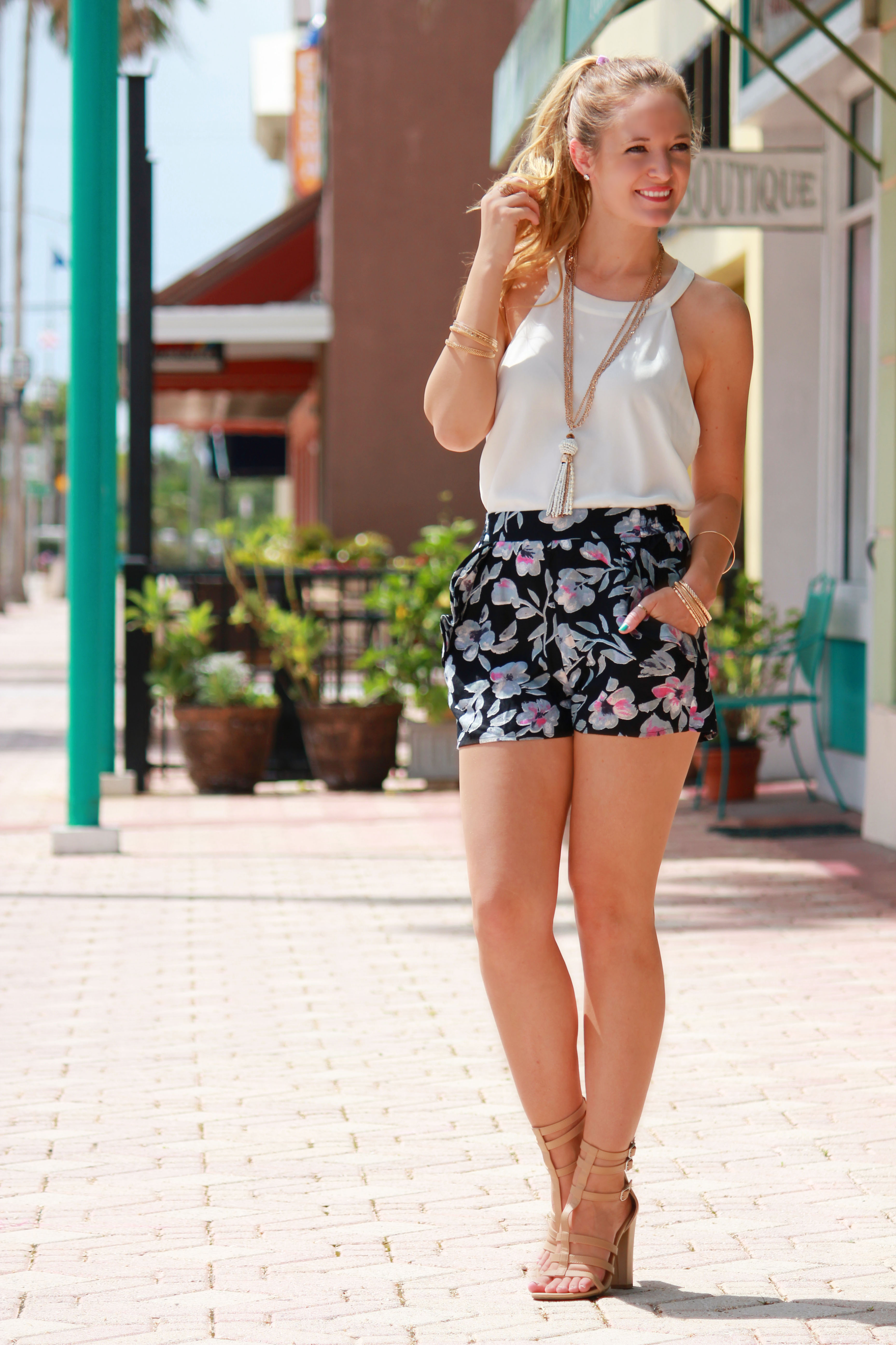 Sophie and trey top, urban outfitter shorts, sophie and trey shoes, gladiator sandals, summer outfit, casual outfit, floral shorts, tassel necklace