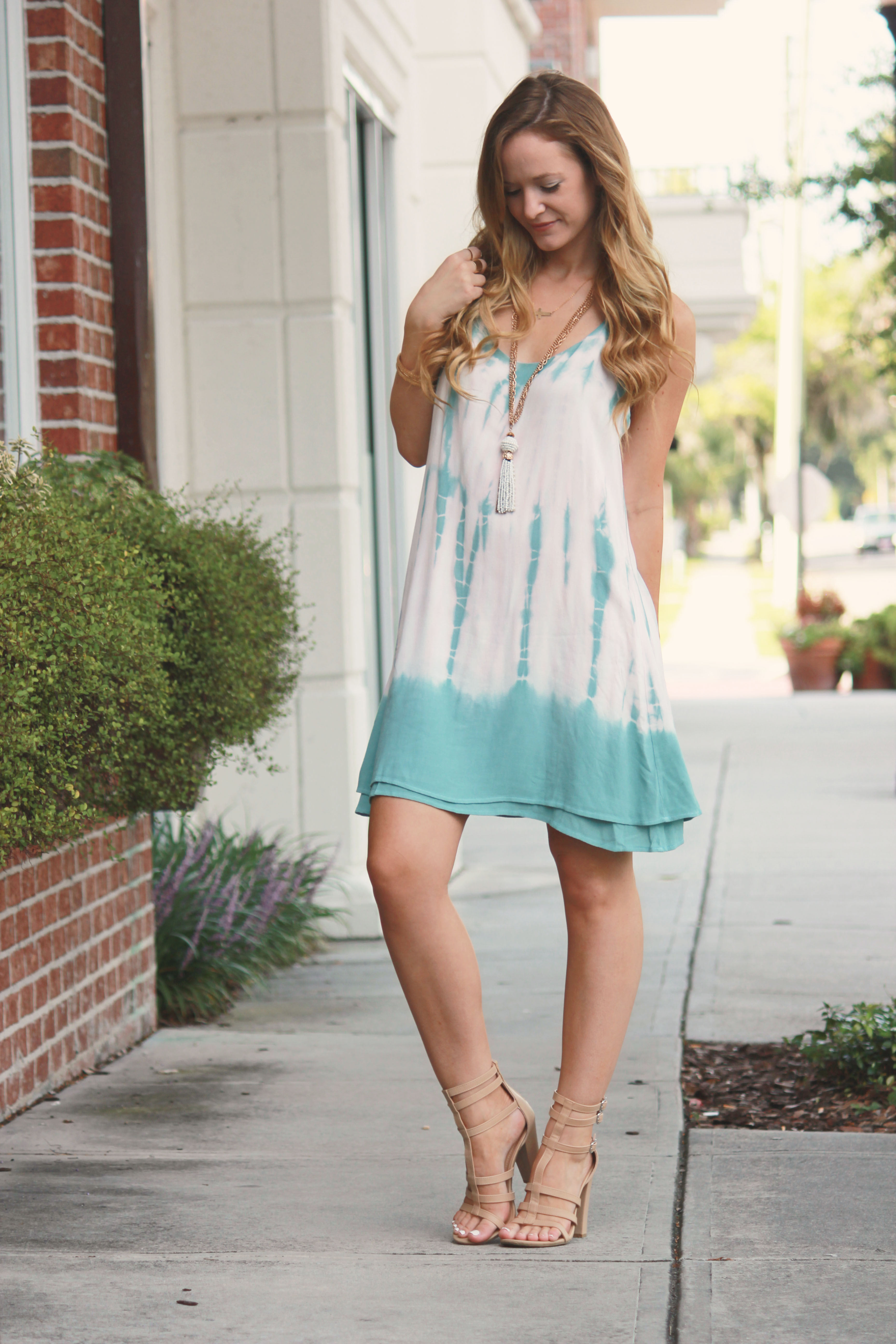vinnie louise dress, tie dye dress, sophie and trey sandals, gladiator sandals, boho chic outfit, summer outfit