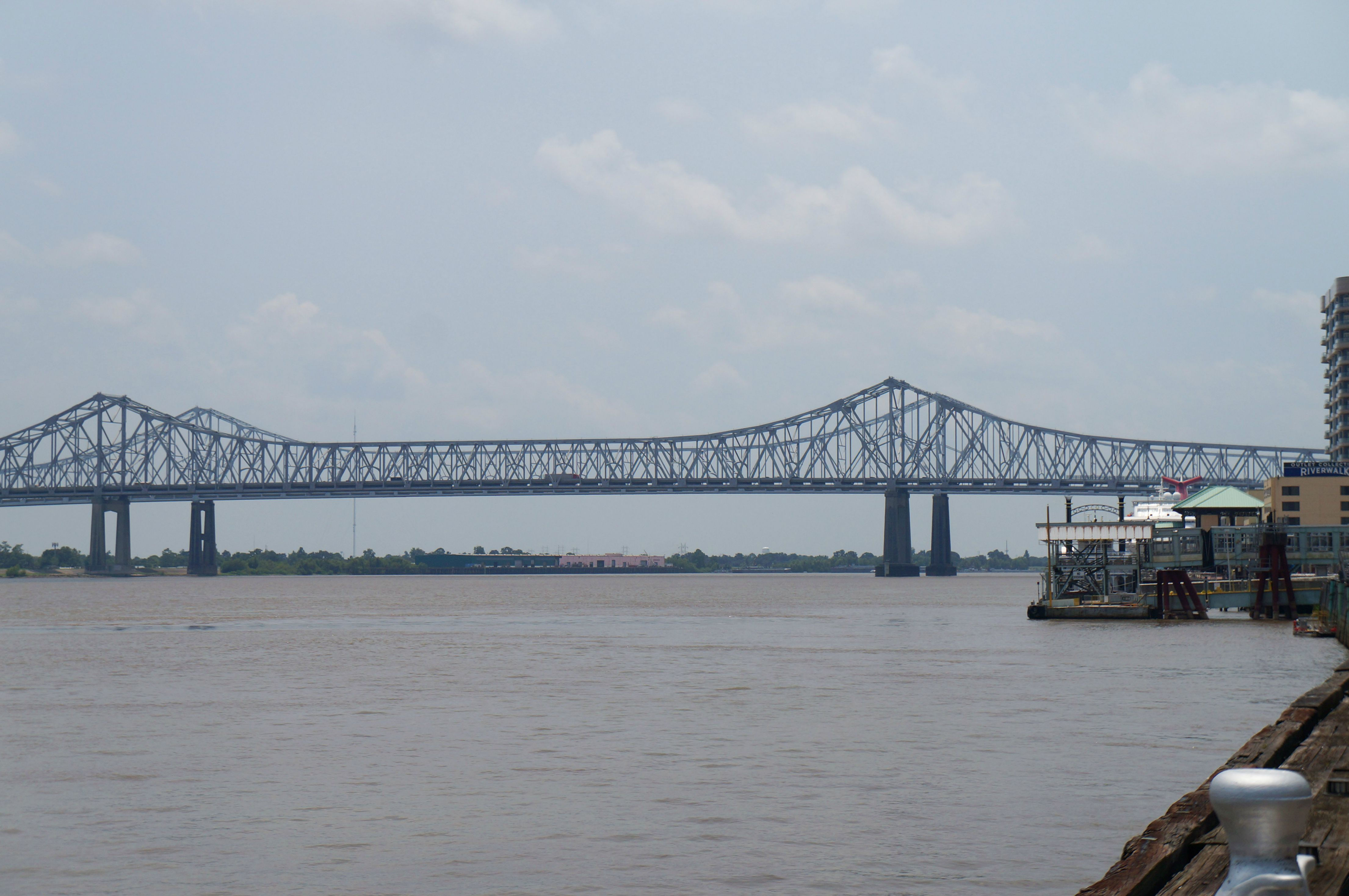 Mississippi river, crescent city connection, new orleans bridge
