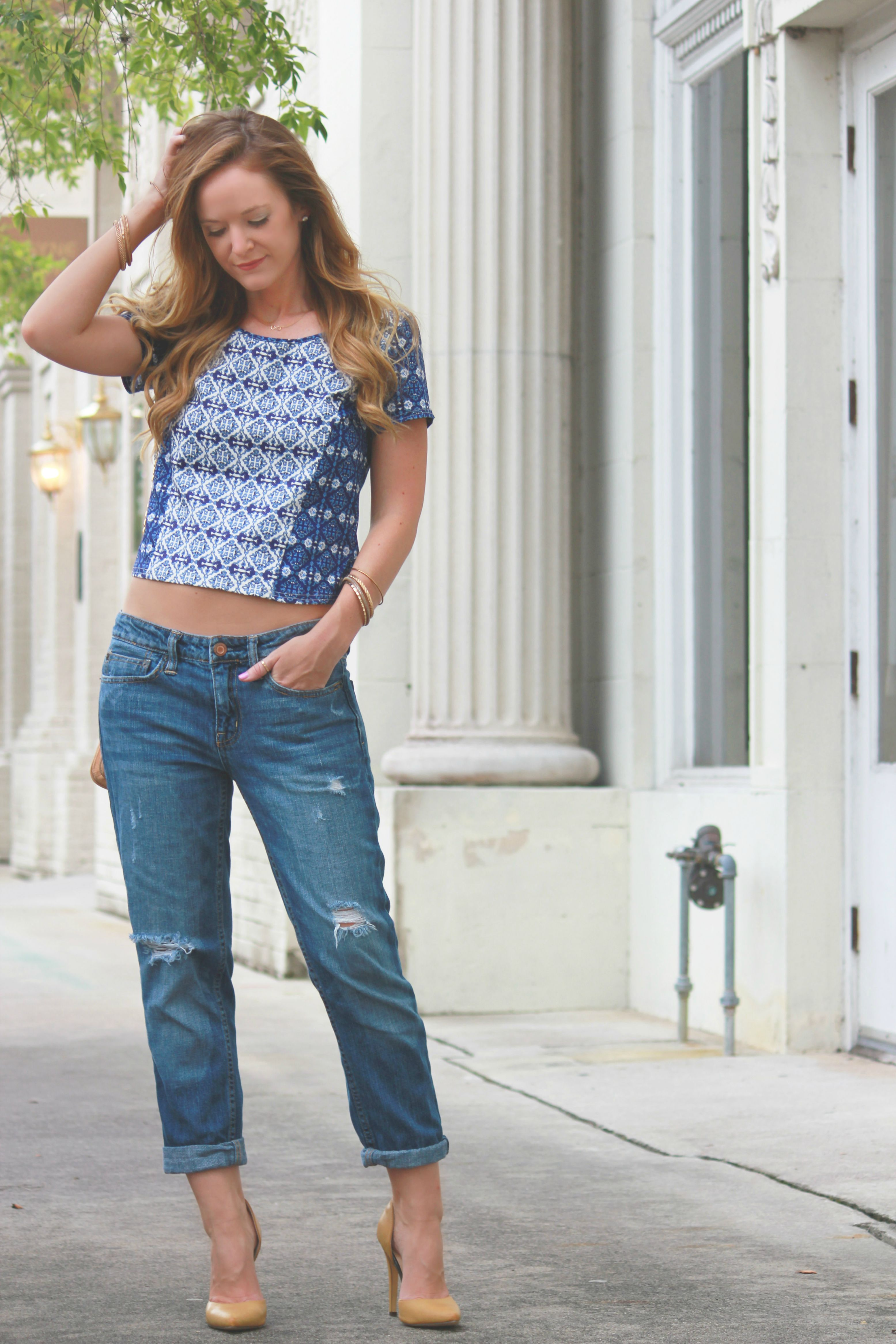 gianni bini blouse, blue and white crop top, american eagle jeans, american eagle boyfriend jeans, badgley mishcka crossbody, nude heels