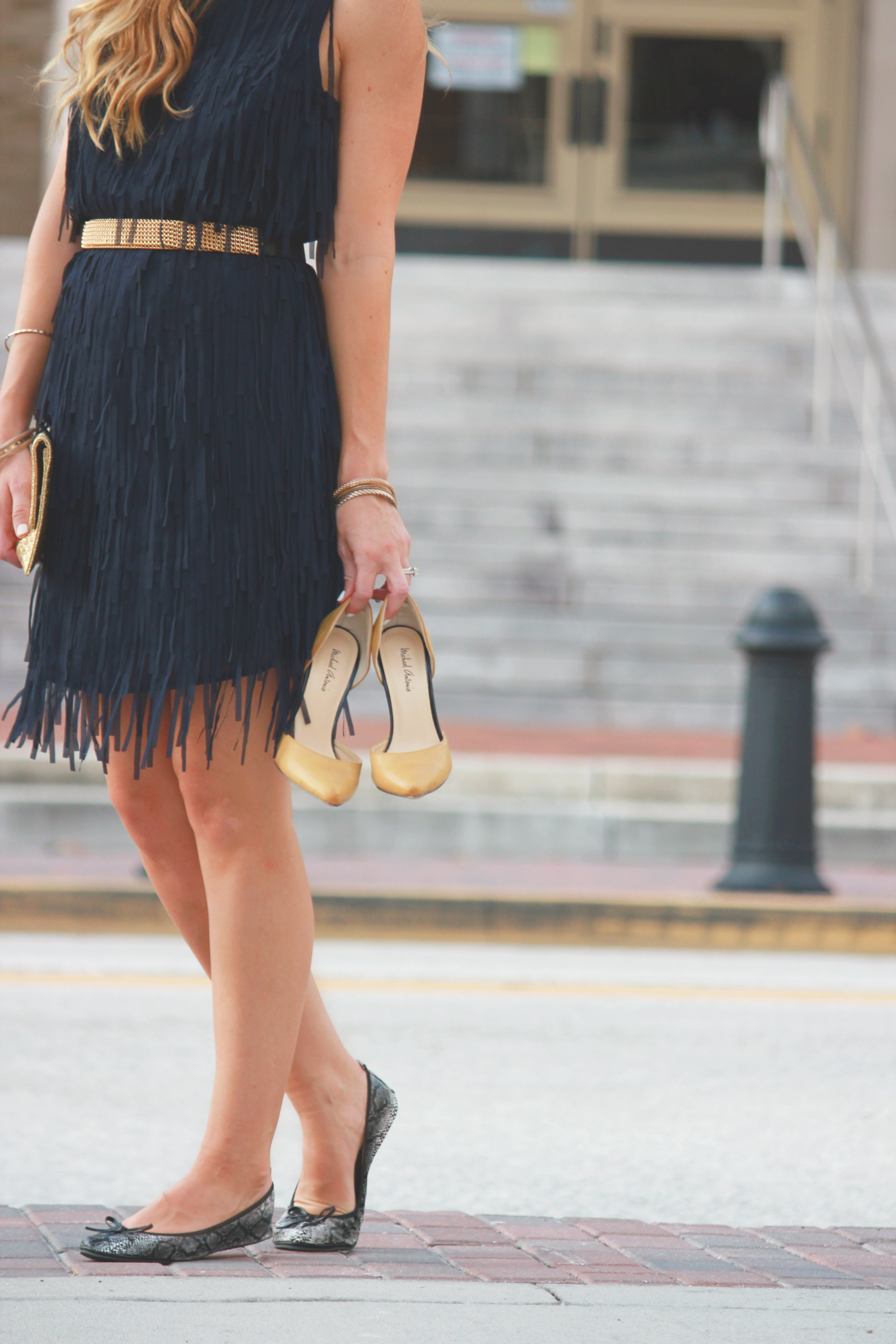 sugar love boutique dress, fringe dress, date night outfit, michael Antonio heels, summer outfit, dressy summer outfit, flapper dress, foldable flats, fold up flats, fit in clouds, snakeskin flats