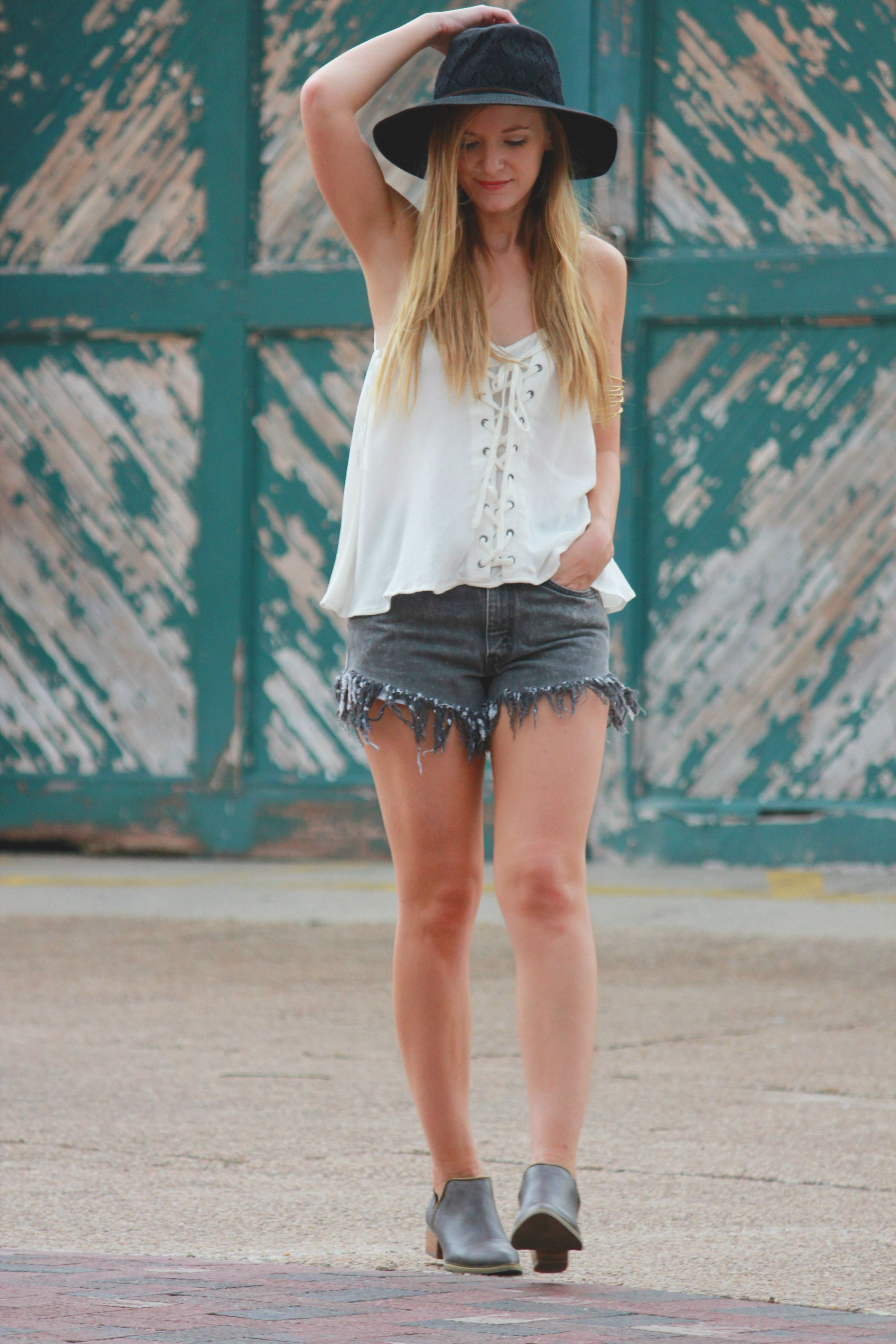 sugar love boutique, free people hat, vintage high waisted shorts, jean high waisted shorts, forever 21 boots, free people arm cuff, armband