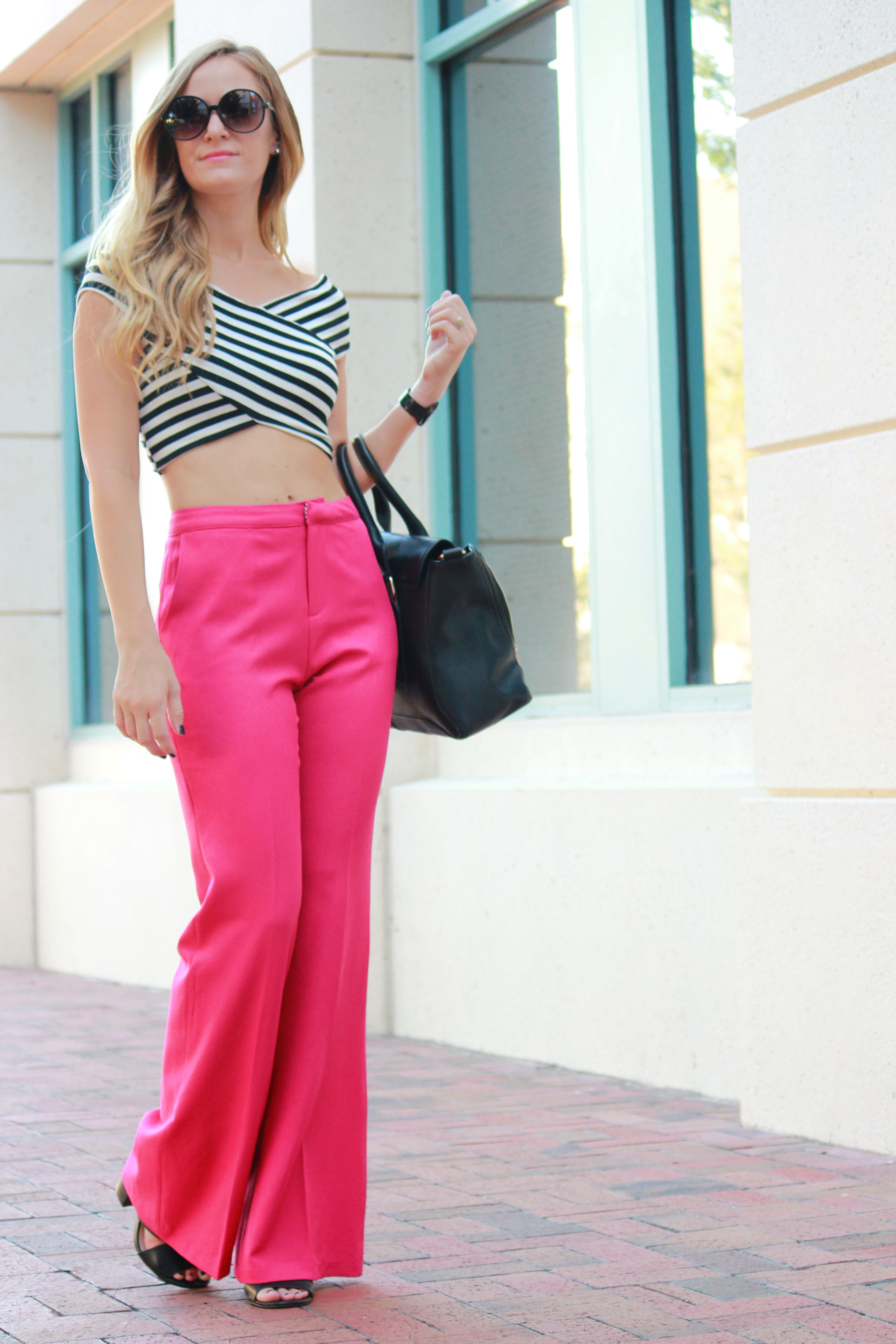 windsor crop top, striped crop top, pink pants, sophie and trey pants, wide leg trouser, high waisted trousers, retro outfit, summer outfit, black and pink outfit