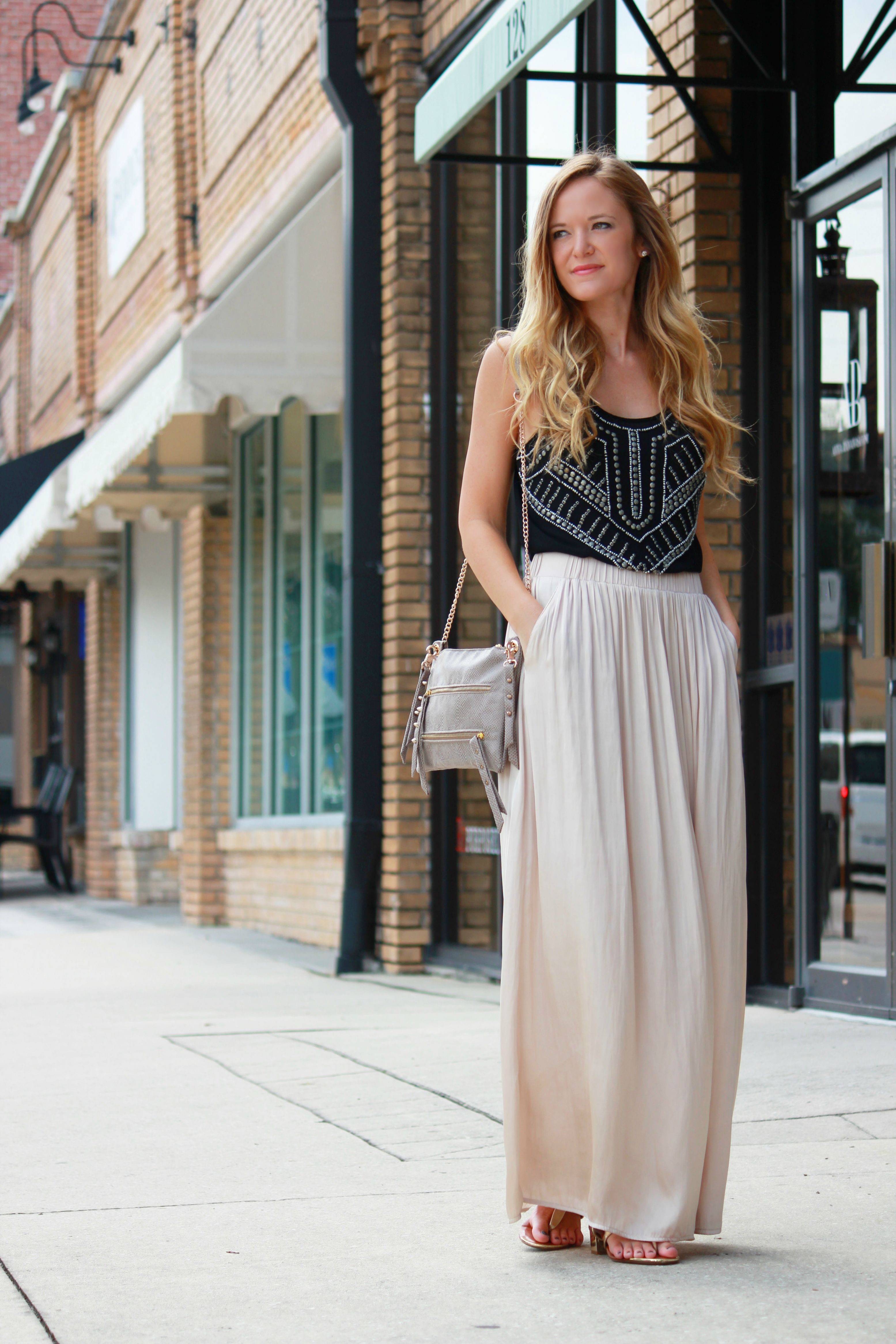What Shoes To Wear With Maxi Skirt In The Fall