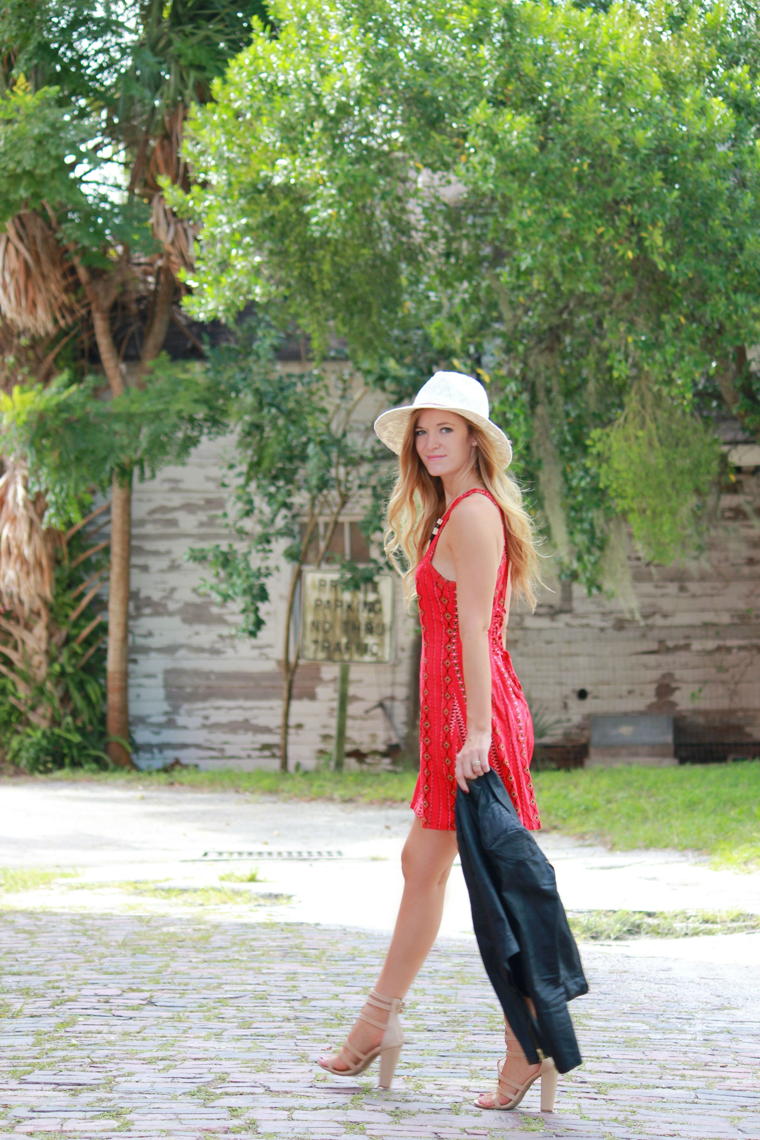 florida/ orlando blogger styles kendall and kylie for pacsun aztec dress, floppy hat, and h&m leather jacket for a fall outfit.