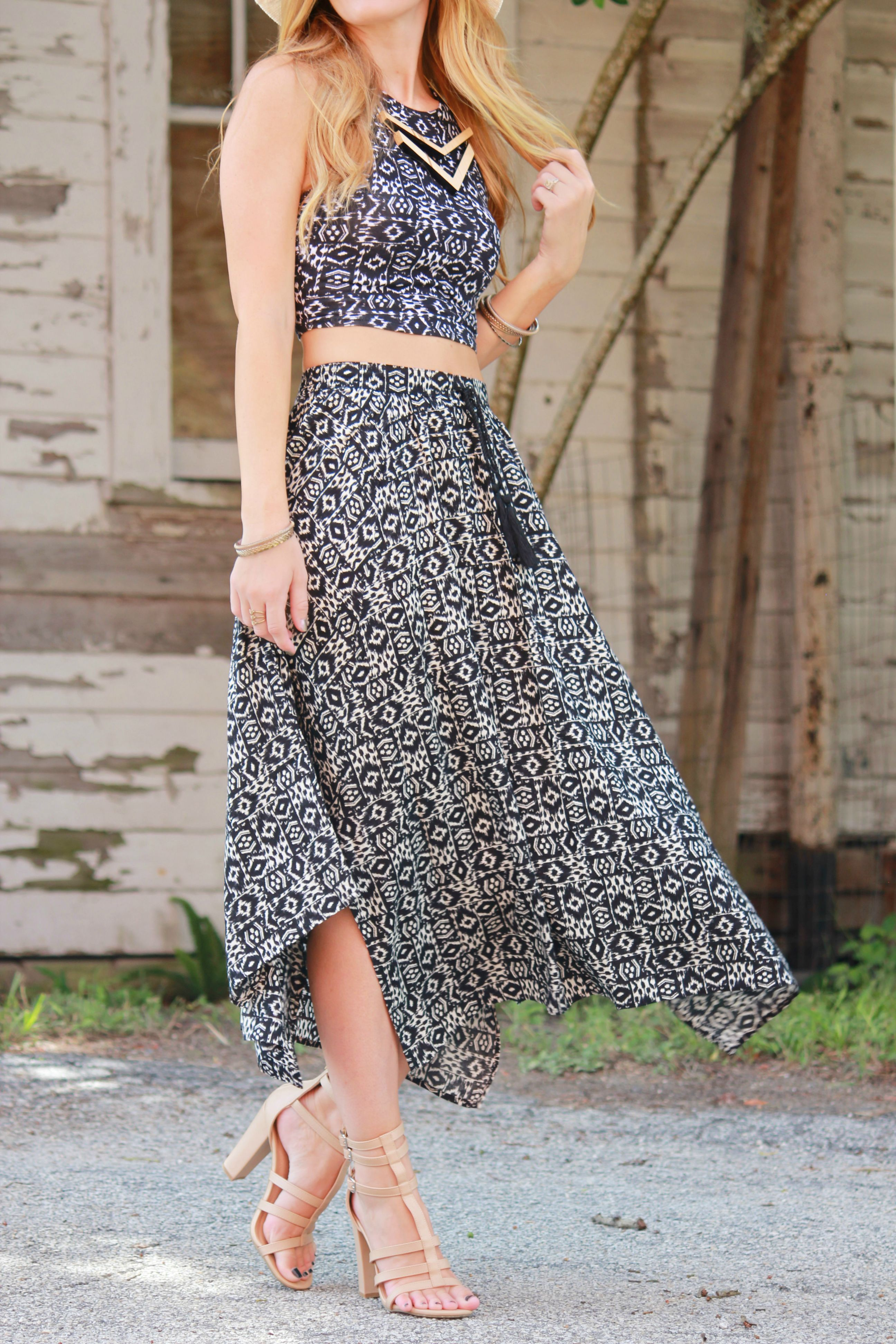 hollister top, hollister skirt, matching separates, Boho Chic outfit, bohemian outfit, aztec print skirt, pacsun hat, kendall and kylie pacsun, bound necklace