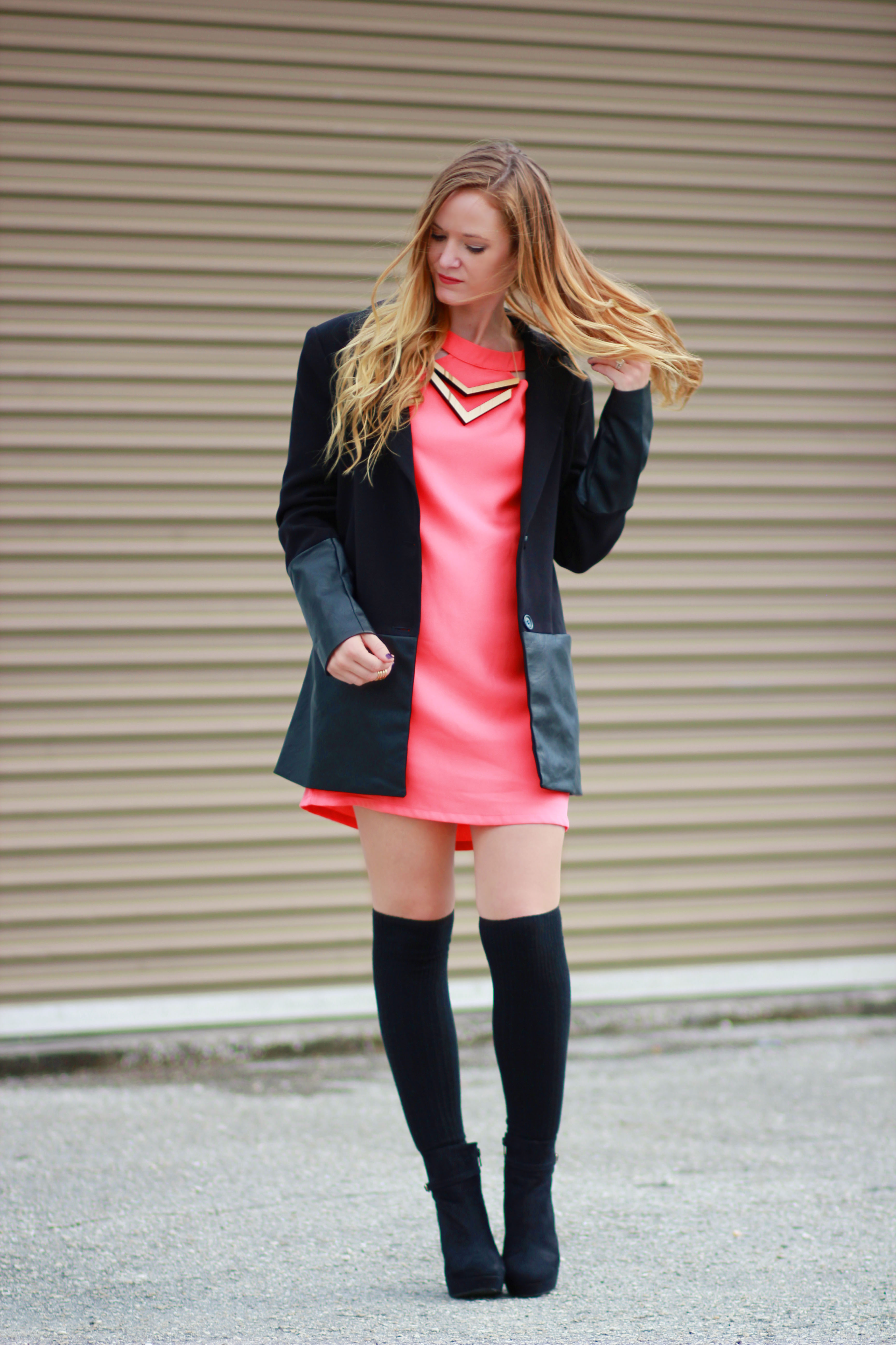 florida, orlando fashion blogger styles tobi dress with forever 21 coat and h&M booties and knee socks for a casual fall outfit