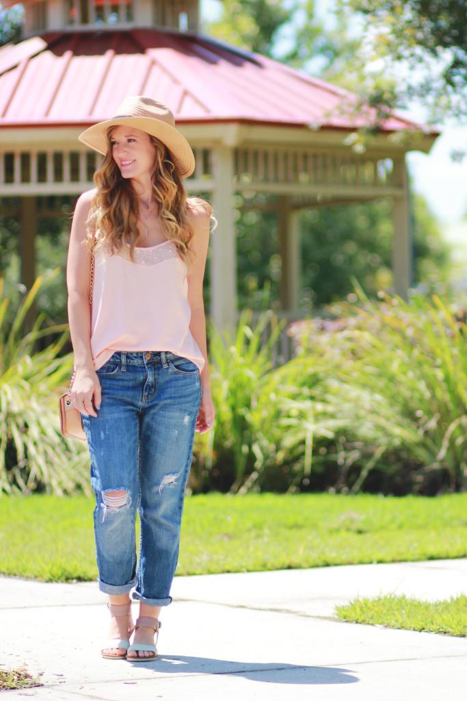 Blush tank, American Eagle boyfriend jeans, Dolce Vita Naria sandals