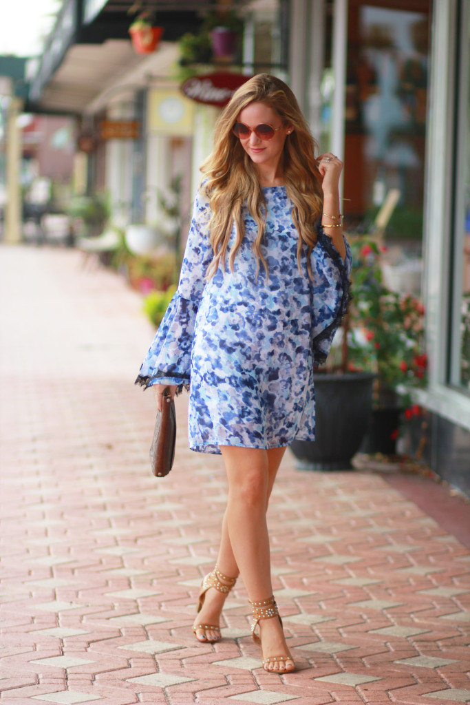 Floral Boho dress and round Forever 21 sunglasses