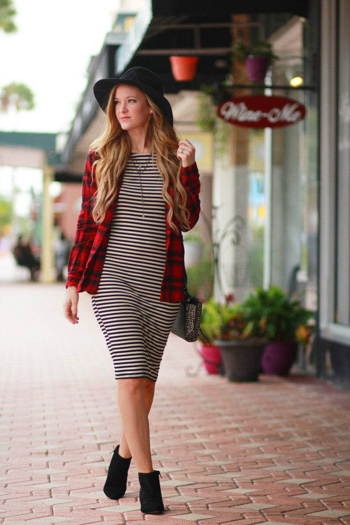 Striped midi dress, plaid and stripe outfit