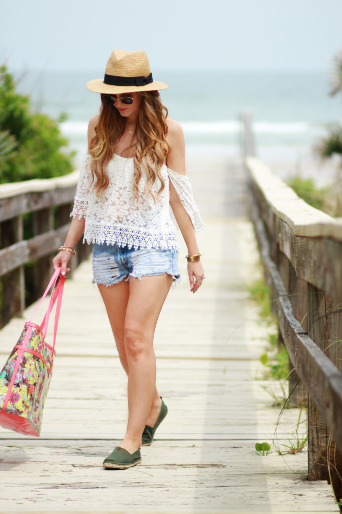 Beach Outfit | Upbeat Soles | Orlando Florida Fashion Blog