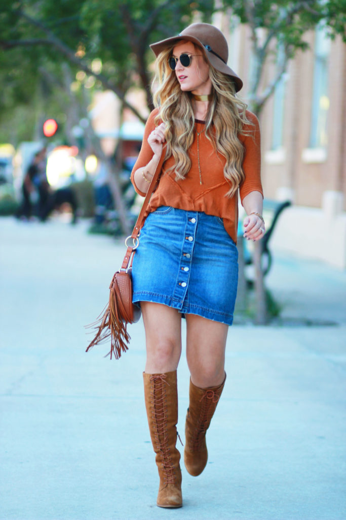 Shannon Jenkins of Upbeat Soles styles a casual fall outfit with DSW Matisse lace up suede boots, Free People thermal, denim button up skirt, and Sancia bag