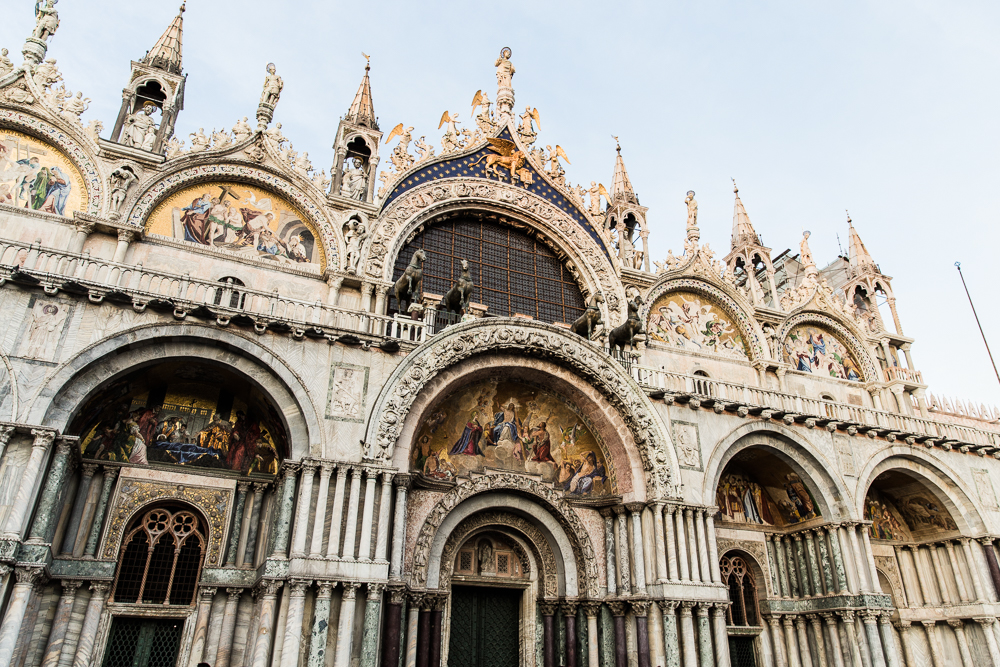 Shannon Jenkins of Upbeat Soles does a travel guide to how to explore Venice, Italy in two days by seeing St Marks Basilica Rialto Bridge and the Bell Tower