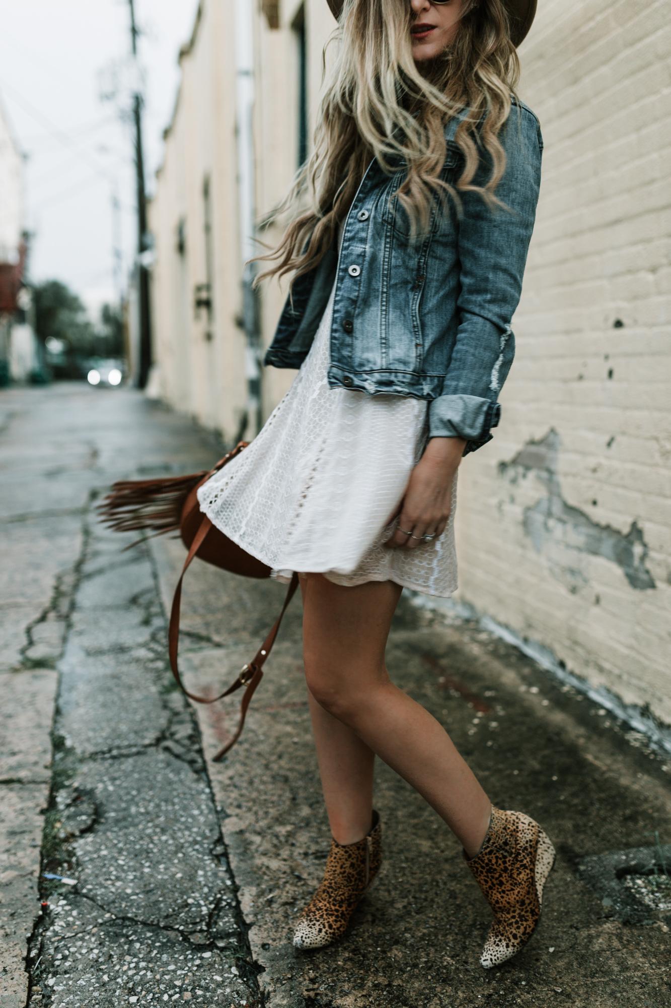 Poncho sweater, cute fall outfit, petite fashion blog ...   Cute Fall Blog