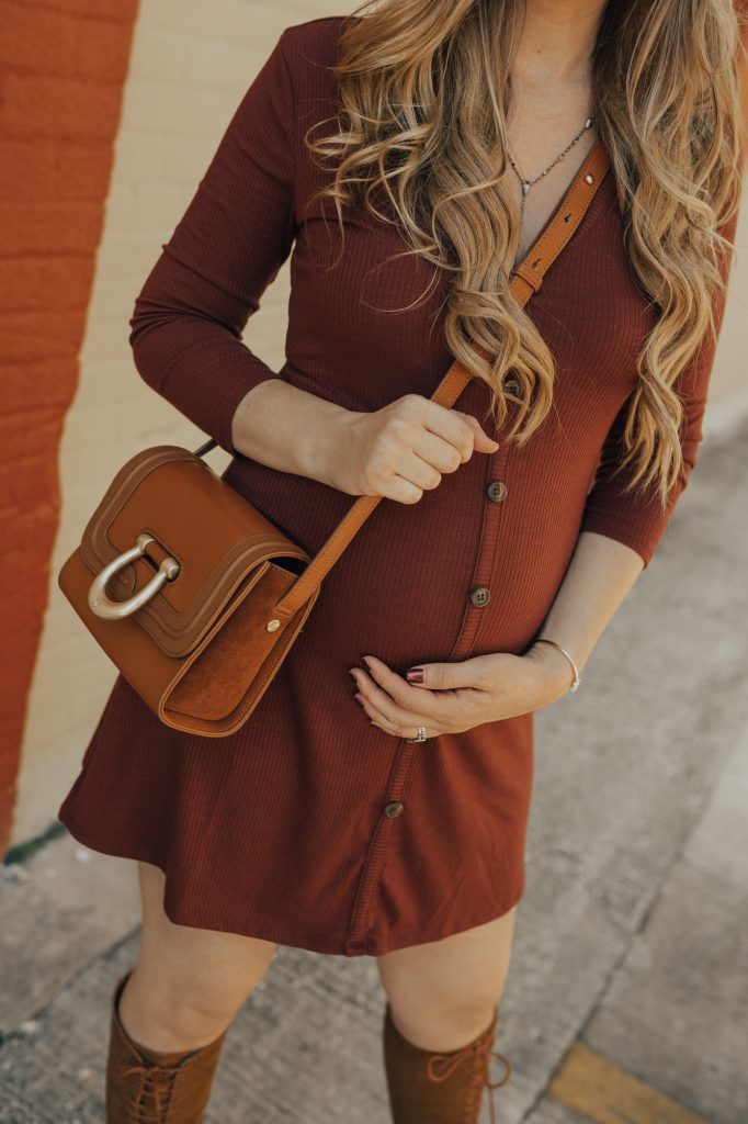 Shannon Jenkins of Upbeat Soles styles a boho fall transition outfit with 70's inspired button up dress, lace up suede boots, and Sancia crossbody bag