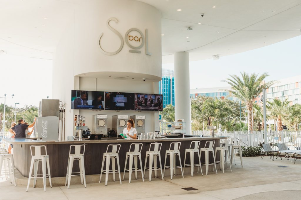 Shannon Jenkins of Upbeat Soles does a Universal Aventura Hotel Review and talks about what to do at City Walk Orlando and all the restaurants and shops
