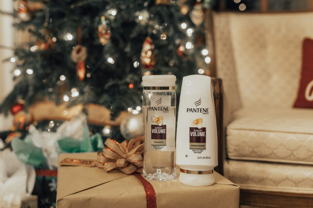 Shannon Jenkins of Upbeat Soles does the Pantene 14 Day Challange and does a Pantene Sheer Volume review and talks about talking her bad hair days to good hair days