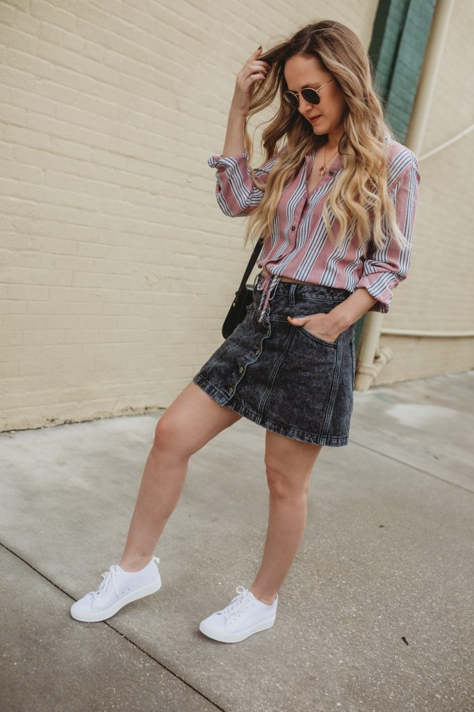 Shannon Jenkins of Upbeat Soles styles an easy casual outfit with Abercombie striped shirt, black acid was jean skirt, and Sofft tennis shoes