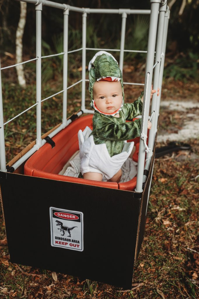 Shannon Jenkins of Upbeat Soles does a family Jurassic Park Halloween costume with Jurassic Park DIY wagon and baby dinosaur costume