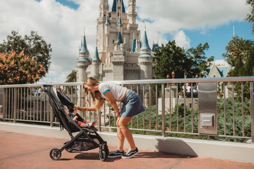 Shannon Jenkins of Upbeat Soles talks about the best theme park and travel stroller and does a review on the UPPAbaby MINU stroller