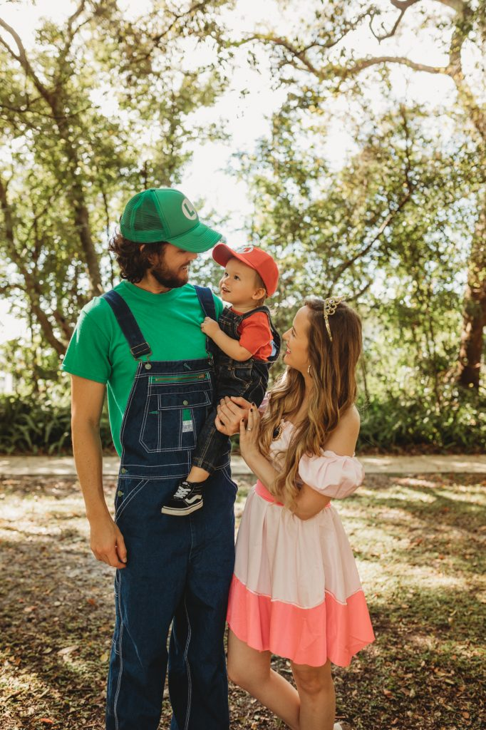 Shannon Jenkins of Upbeat Soles does an easy family costume with a Mario Party family costume with overalls and Amazon Princess Peach dress