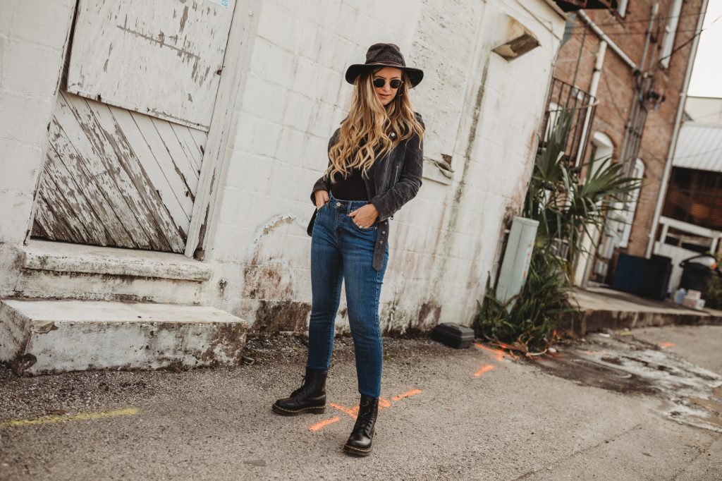 Shannon Jenkins of Upbeat Soles does a Sene Studio custom jeans review and talks about how they are the most comfortable jeans